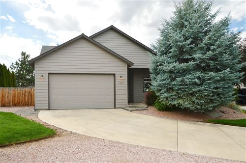Photo of 2232 NW Maple Court, Redmond, OR 97756 (MLS # 220132482)