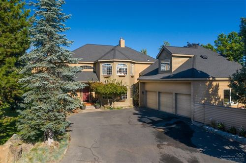 Photo of 61295 Mountain Breezes Court, Bend, OR 97702 (MLS # 201907489)