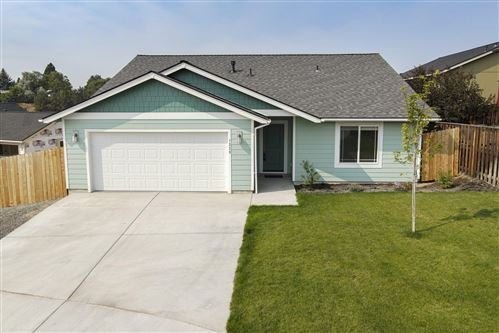 Photo of 1335 NE Pippen Court, Prineville, OR 97754 (MLS # 220107490)