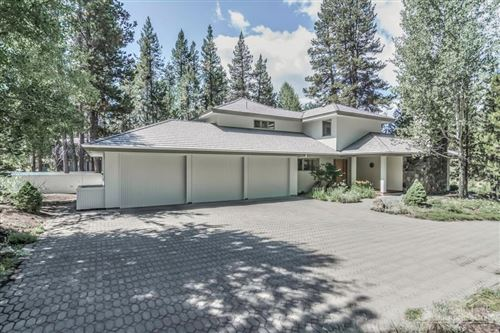 Photo of 18035 North Course Lane, Sunriver, OR 97707 (MLS # 202001496)