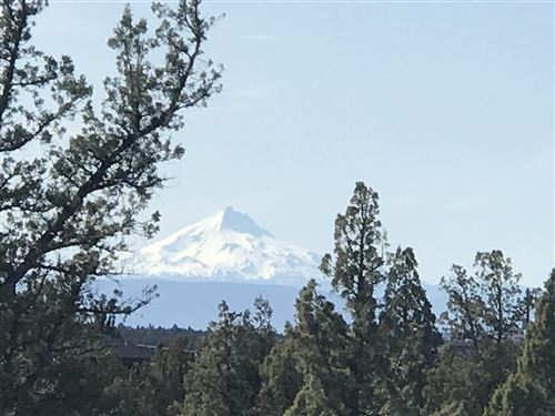 Photo of 0 SW Mt Saint Helens Drive, Powell Butte, OR 97753 (MLS # 220116500)