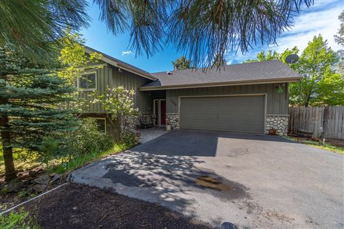 Photo of 21067 Woodhaven Avenue, Bend, OR 97702 (MLS # 220101503)
