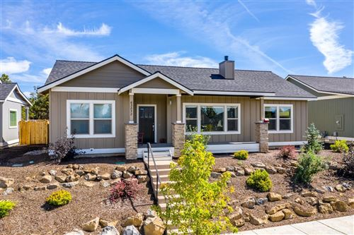 Photo of 63852 Hunters Cir, Bend, OR 97701 (MLS # 202000507)