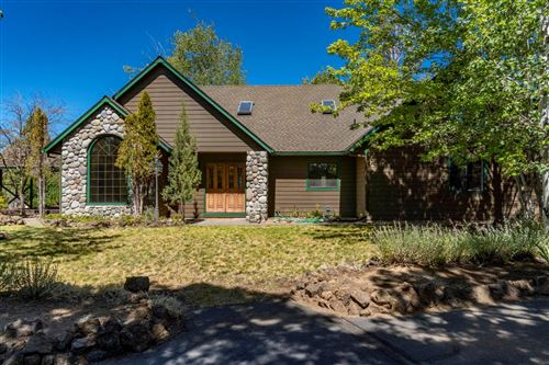 Photo of 64001 Tanglewood Drive, Bend, OR 97701 (MLS # 220128508)
