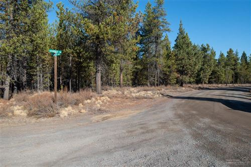 Photo of 55170 Pinewood Avenue, Bend, OR 97707 (MLS # 220116515)