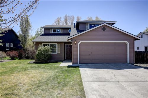 Photo of 20739 Amber Way, Bend, OR 97701 (MLS # 220122515)