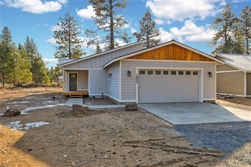 Photo of 19527 River Woods Drive, Bend, OR 97702 (MLS # 201910523)