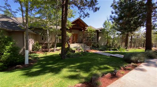 Photo of 68926 Bay Place, Sisters, OR 97759 (MLS # 220129526)