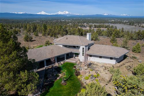 Photo of 18290 Plainview Road, Bend, OR 97703 (MLS # 220122533)