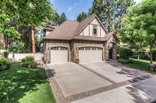 Photo of 60885 Oasis Place, Bend, OR 97702 (MLS # 201905534)