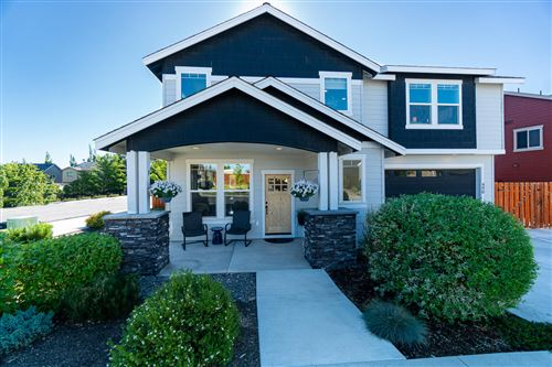 Photo of 490 NW 28th Street, Redmond, OR 97756 (MLS # 220127539)