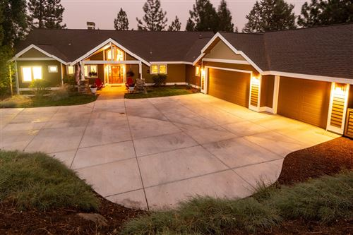 Photo of 2750 NW Lucus Court, Bend, OR 97703 (MLS # 220108550)