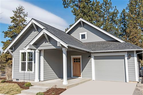 Photo of 977 E Black Butte Avenue #Lot 84, Sisters, OR 97759 (MLS # 220113550)
