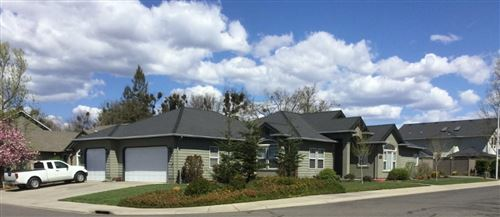 Photo of 2863 Beebe Road, Central Point, OR 97502 (MLS # 220120550)