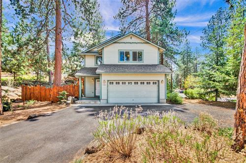 Photo of 1501 NW Milwaukee Avenue, Bend, OR 97703 (MLS # 220122551)