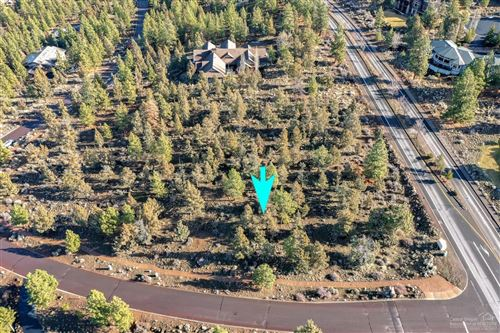 Photo of 2052 NW Perspective Drive, Bend, OR 97703 (MLS # 202000555)