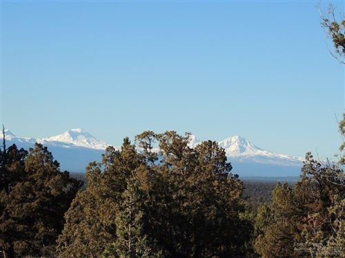 Photo of 49 NW Wooden Trestle Lane #Lot, Powell Butte, OR 97753 (MLS # 202000581)