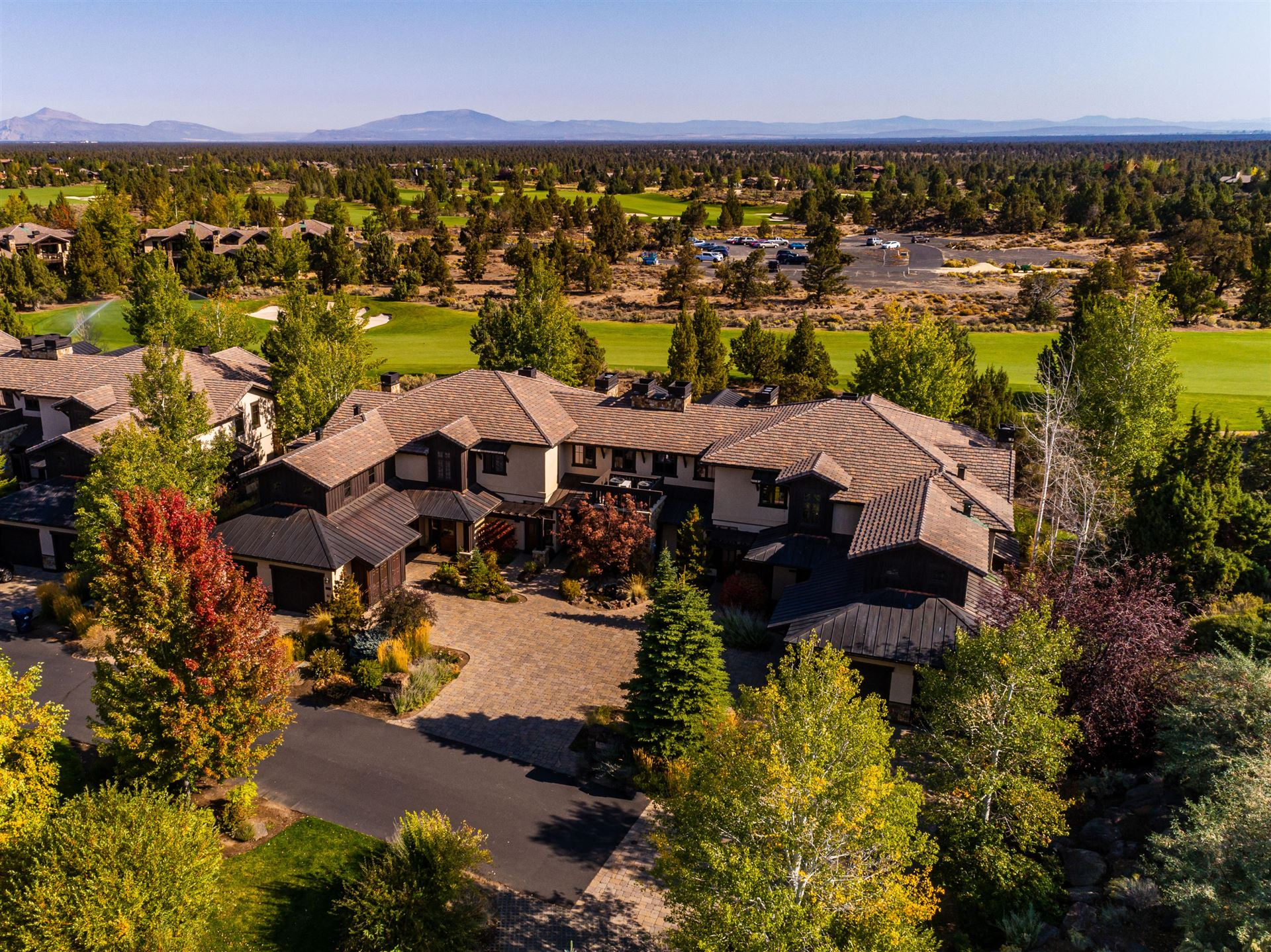 Photo of 65690 Adventure Court #108L, Bend, OR 97701 (MLS # 220111581)