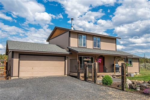 Photo of 69484 Hinkle Butte Drive, Sisters, OR 97759 (MLS # 220125583)