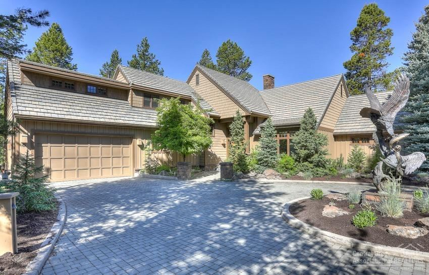 Photo for 6 Shamrock Lane, Sunriver, OR 97707 (MLS # 201805588)
