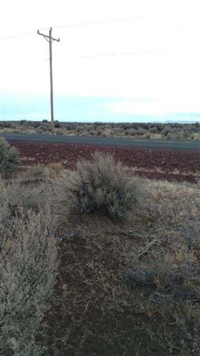 Photo of TL: 816 Lost Forest [25S18E33-00-00816, Christmas Valley, OR 97641 (MLS # 220112590)