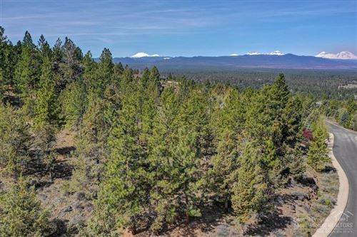 Photo of 1857 NW Perspective Drive, Bend, OR 97703 (MLS # 201903595)