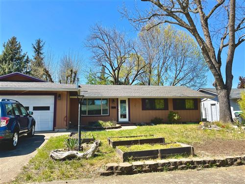 Photo of 1734 Sheldon Avenue, Medford, OR 97501 (MLS # 220120603)