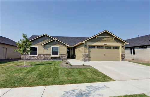 Photo of 56269 Bufflehead Road, Bend, OR 97707 (MLS # 220111606)