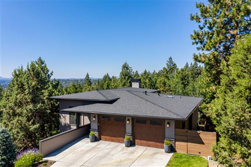 Photo of 2335 NW Candlelight Place, Bend, OR 97703 (MLS # 220104607)