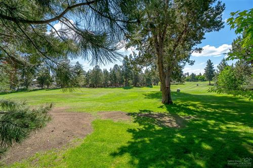 Tiny photo for 3094 NW Clubhouse Drive, Bend, OR 97703 (MLS # 201908615)