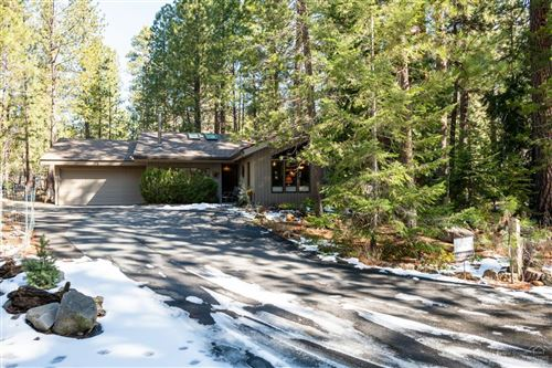 Photo of 13340 Grey Owl, Black Butte Ranch, OR 97759 (MLS # 202002615)