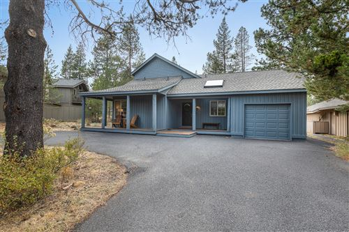 Photo of 18016-5 Camas Lane, Sunriver, OR 97707 (MLS # 220109619)