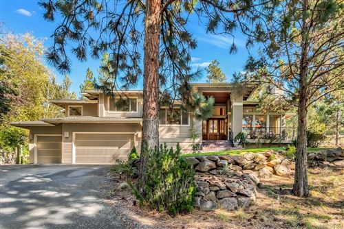 Photo of 2674 NW Runyun Court, Bend, OR 97703 (MLS # 201909624)