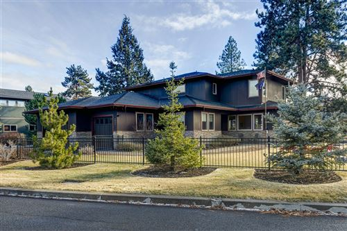 Photo of 2931 NW Celilo Lane, Bend, OR 97703 (MLS # 220113624)
