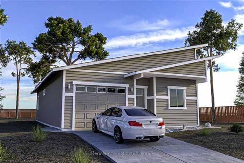 Photo of 16472 Bassett Drive, La Pine, OR 97739 (MLS # 220108627)