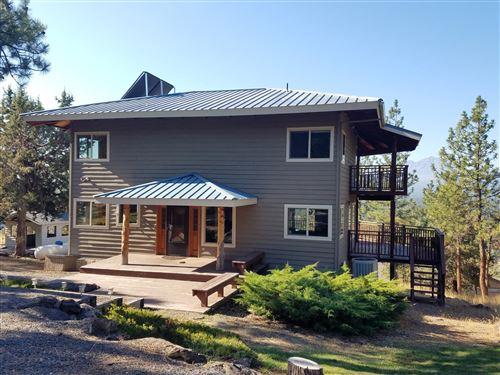 Photo of 68893 Bay Place, Sisters, OR 97759 (MLS # 220110633)