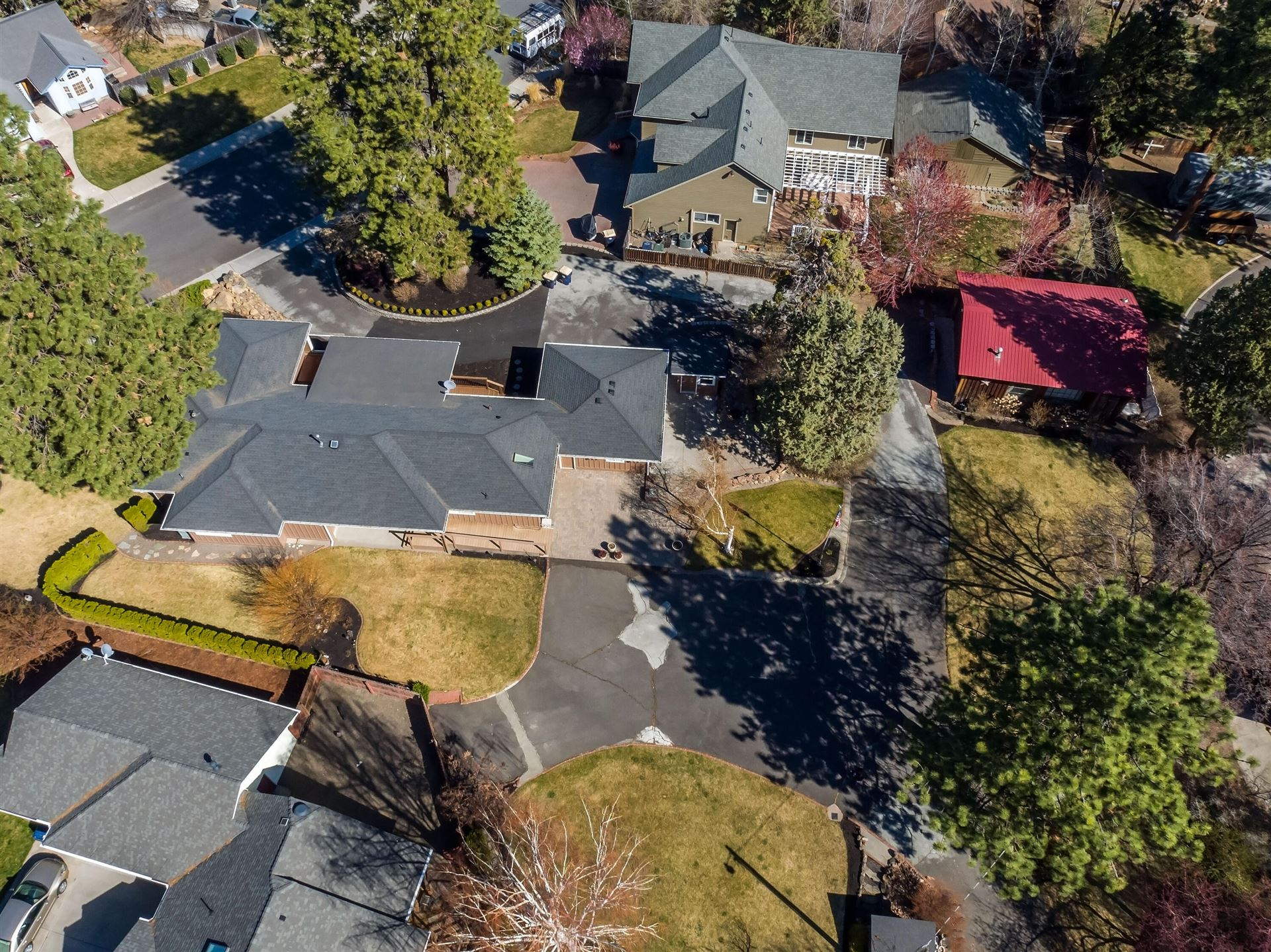 Photo of 2490 NE Keats Drive, Bend, OR 97701 (MLS # 220120637)