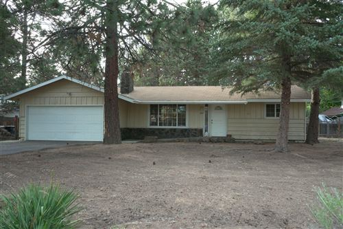 Photo of 1822 SE Tempest Drive, Bend, OR 97702 (MLS # 220104643)