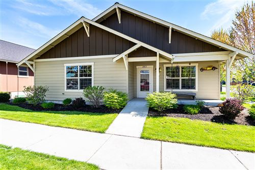 Photo of 2813 NE Great Horned Place, Bend, OR 97701 (MLS # 220122644)