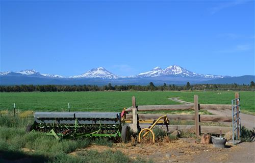 Photo of 68608 Cloverdale Road, Sisters, OR 97759 (MLS # 220131644)