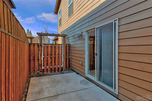 Tiny photo for 20452 Brentwood Avenue, Bend, OR 97702 (MLS # 202002645)