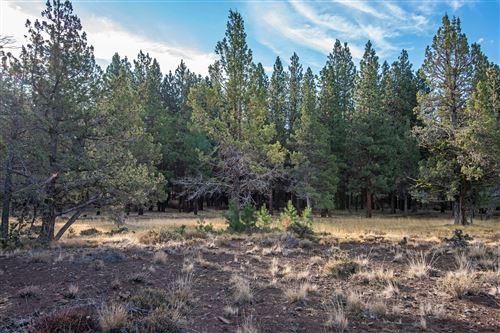 Photo of 16065 Fox Ridge Circle, Sisters, OR 97759 (MLS # 220130646)
