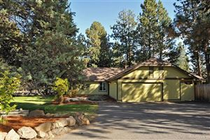 Photo of 60666 Newcastle Drive, Bend, OR 97702 (MLS # 201909653)