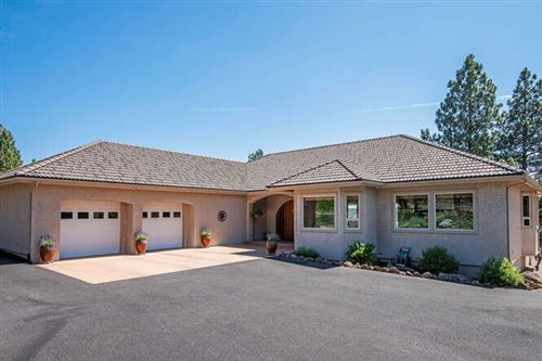 Photo of 17715 Mountain View Road, Sisters, OR 97759 (MLS # 220127654)