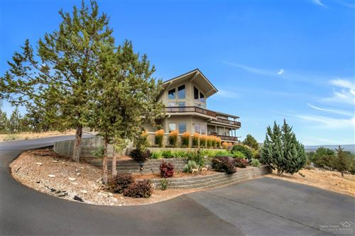Photo of 3194 NE Yellowpine Road, Prineville, OR 97754 (MLS # 201901655)