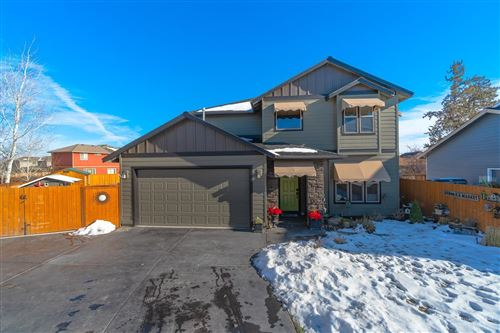 Photo of 1452 NW 20th Court, Redmond, OR 97756 (MLS # 201910667)