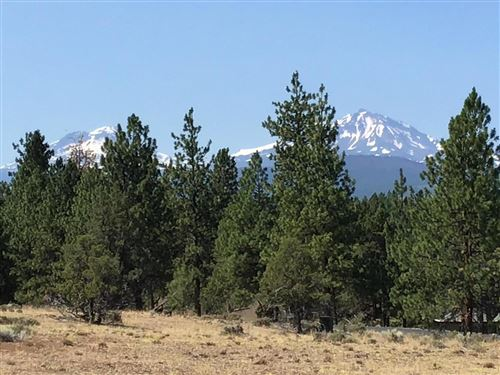 Photo of 70070 Meadow View Road, Sisters, OR 97759 (MLS # 220105667)