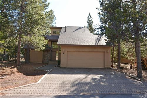 Photo of 57603 Rocky Mountain Lane, Sunriver, OR 97707 (MLS # 202002668)