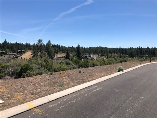Photo of 0, Lot 33 Outrider Loop, Bend, OR 97702 (MLS # 220103678)