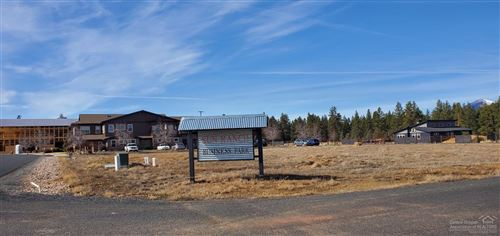Photo of 300 Sun Ranch Drive Drive, Sisters, OR 97759 (MLS # 202001680)